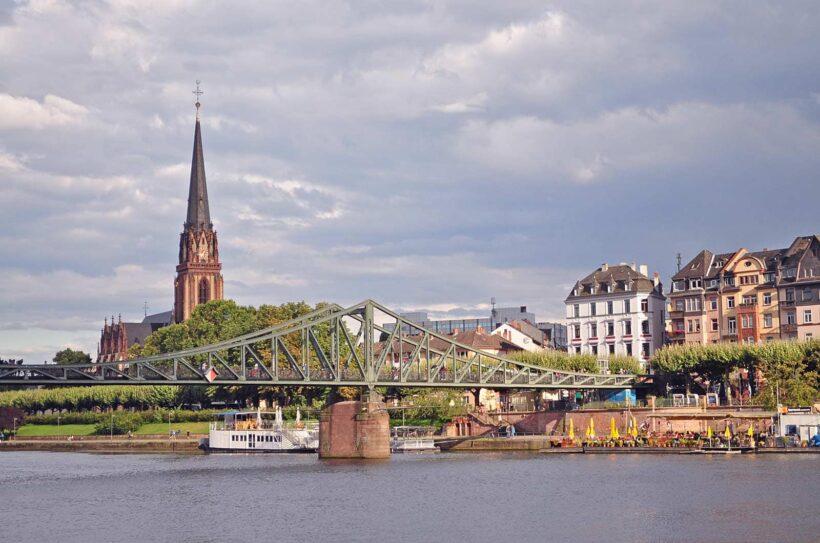 De Eisener Steg in Frankfurt