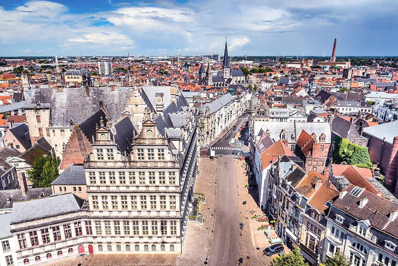 Wat te doen in Gent: Vanaf de Belfort heb je een prachtig uitzicht over Gent