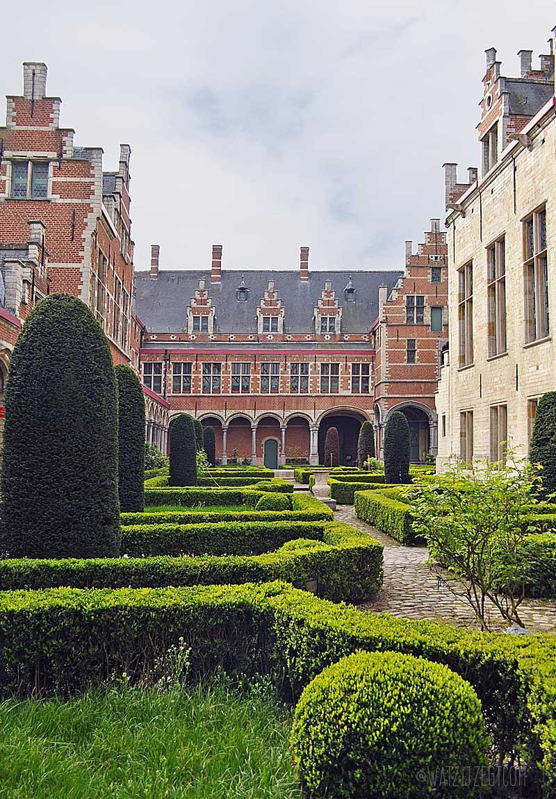 Paleis van Margareta van Oostenrijk in Mechelen