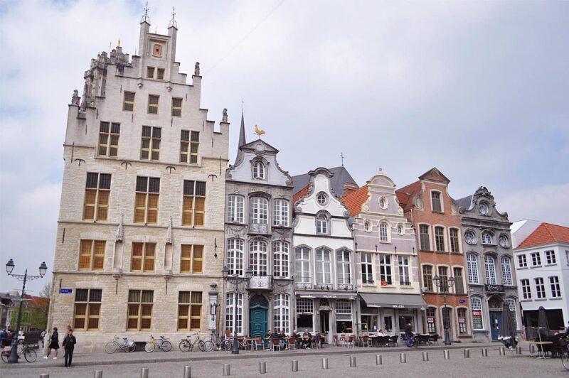 De Grote Markt in Mechelen