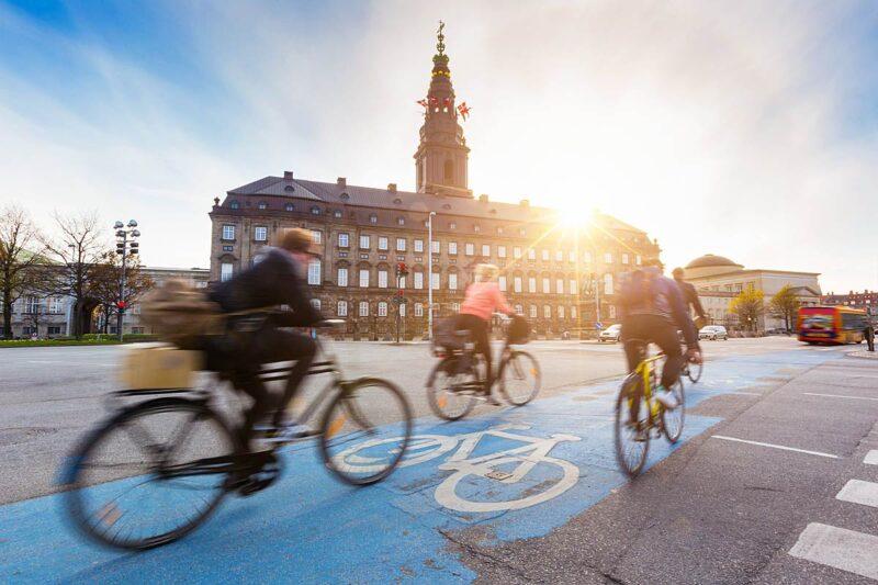 Duurzaam reizen in 2017: 42% probeert zoveel mogelijk te lopen of fietsen