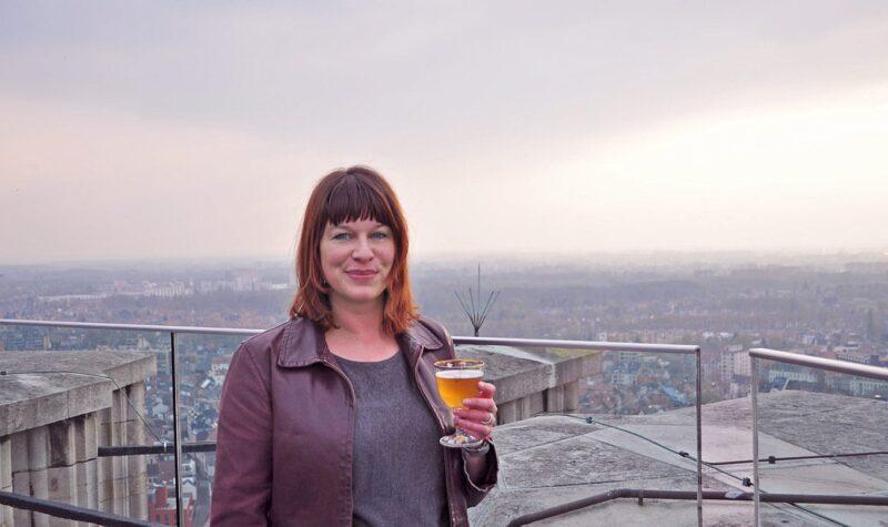 Biertjes drinken in Mechelen bij zonsondergang