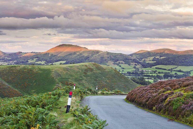 De Hidden Highway is de perfecte keuze voor reizigers die op zoek zijn naar een rustgevende roadtrip door het schitterende Engelse landschap