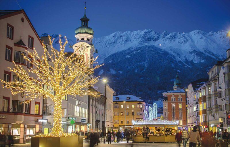 Kerstmarkt in de Maria-Theresien-Straße (Foto: Innsbruck Tourismus /Alexander Tolmo)
