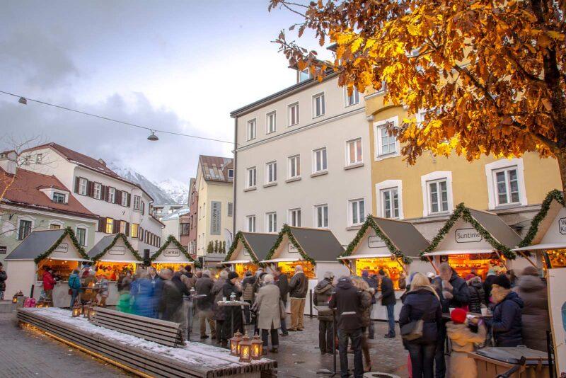 Christkindlmarkt am Wiltener Platzl in Innsbruck