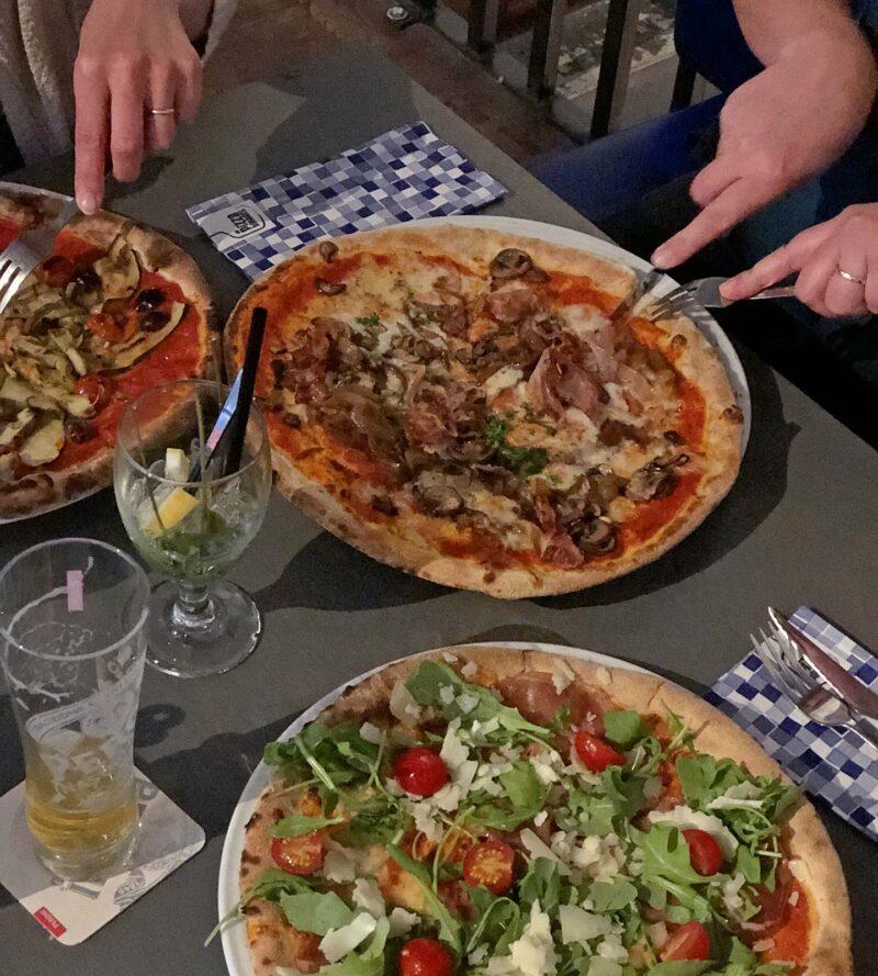 18 mei 2018: Pizza eten met vriendinnen bij de Pizzabakkers in Rotterdam