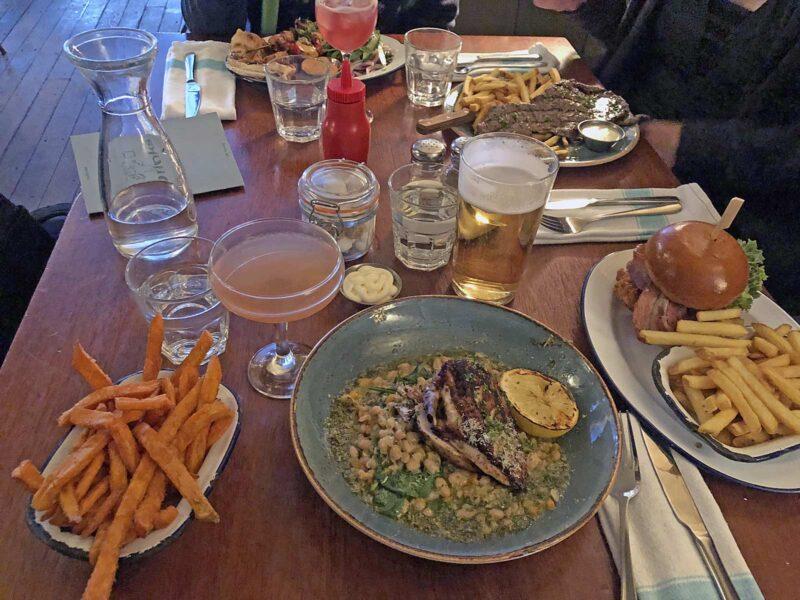 5 juni 2018: Hamburgers en steak bij Gorilla
