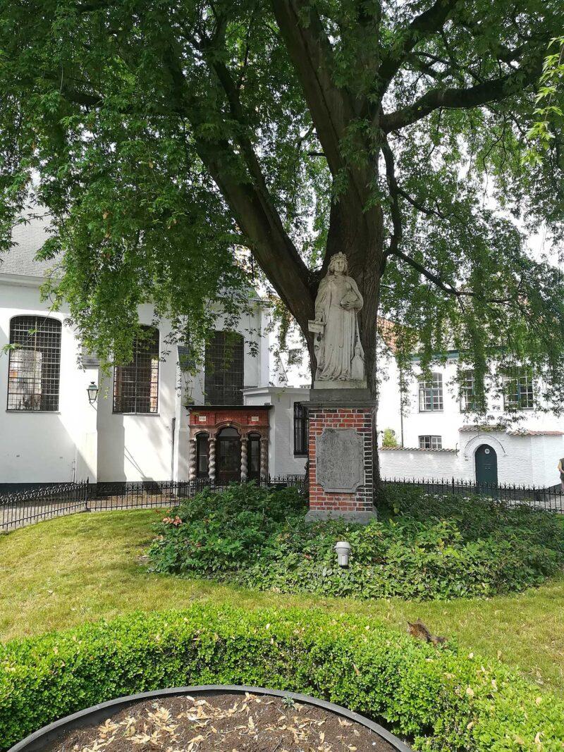Begijnhof St. Elisabeth in Kortrijk
