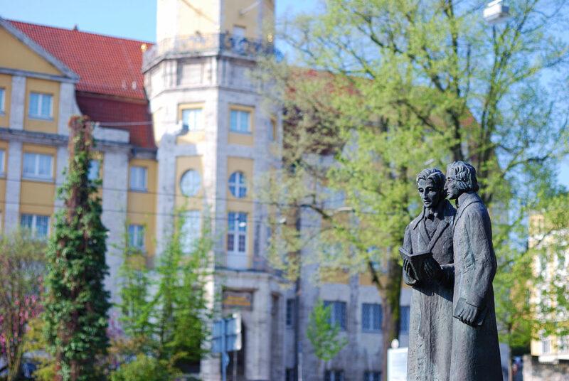 In geen enkele andere plaats woonden de gebroeders Grimm zo lang als in Kassel