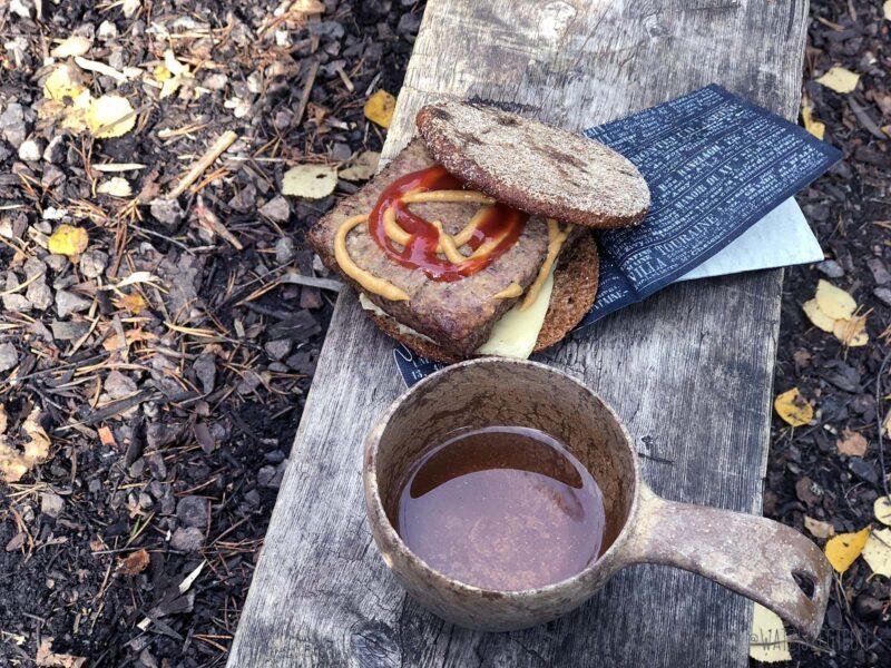 Lunch van het kampvuur in Oulanka